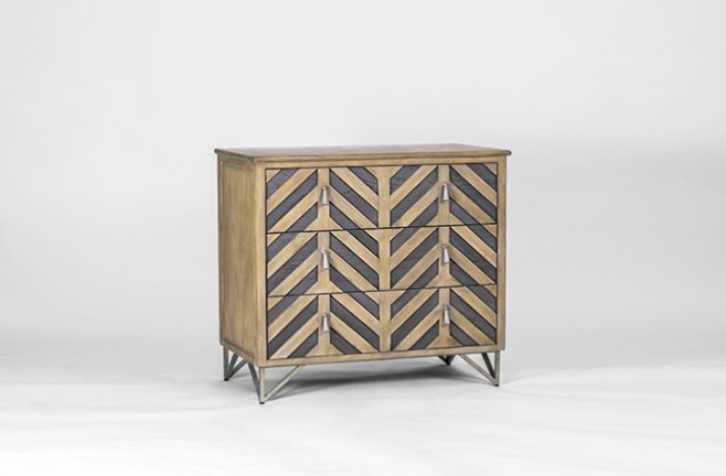 GERTRUDE CHEVRON CHEST